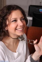 Anahi neck cuffed