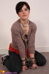 Even a neckcuff!