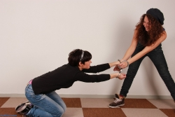 Fighting with Anahí