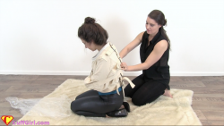 Short straitjacket